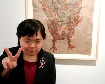 妙(ダウン症アーティスト・田久保妙)の経歴や作品、個展や絵の購入・値段は?母(広美)との今後は?【ザノンフィクション】
