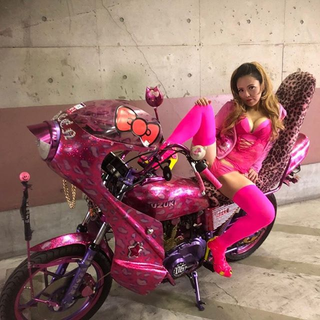 GS嬢女組(めぐみ・旧車會・ライダー)のセクシーな画像がすごい!本名や年齢・職業は?結婚した夫や子供も【有吉ジャポン】