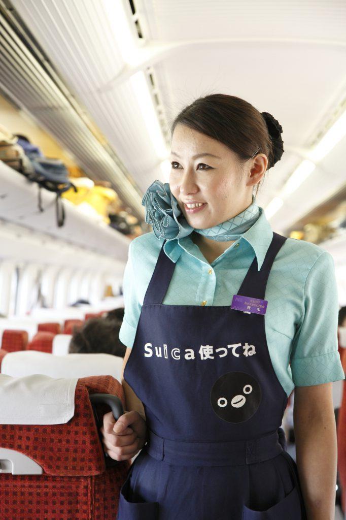 茂木久美子(もき くみこ・激レア)の結婚した夫は?新幹線のカリスマ車内販売員の年齢や経歴は?