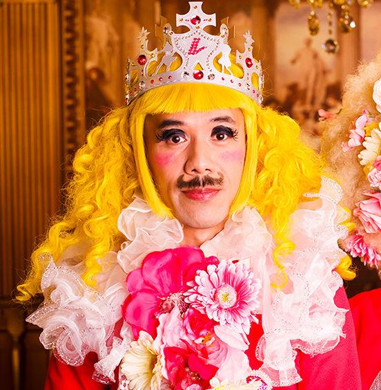 イシトビさん(激レア・レ・ロマネスク)はフランスで有名なパフォーマーTOBI(トビー)!不幸な経歴とは?MIYAはどんな人?